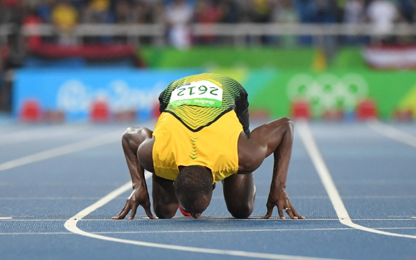 Usain Bolt (JAM) celebrates after winning the men's 200m final in the Rio 2016 Summer Olympic Games at Estadio Olimpico Joao Havelange.